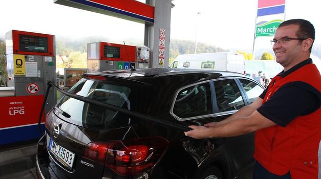 SIGAS vam predela avto na plin (foto: Sigas in arhiv Avto magazin)