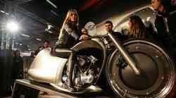 Najbolj zanimivi predelani motocikli na 'customshowu'