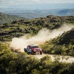 Toyota Hilux je na hitrostnih preizkušnjah v slogu dirk WRC zelo hitra. (foto: moštva)