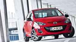 Kratki test: Mazda2 1.3i Tamura
