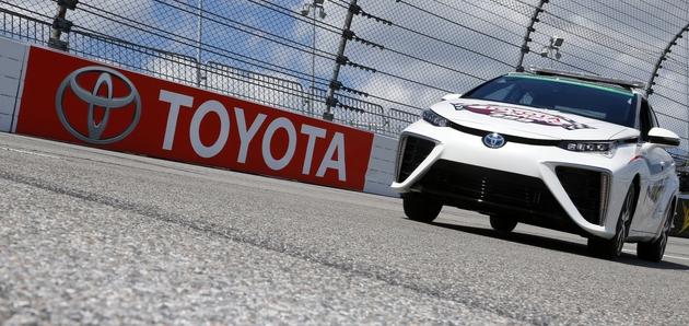 Pace Car na vodikove gorivne celice