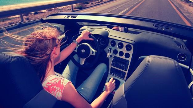 Mladi si želijo okolju prijazne mobilnosti, a ne brez avtomobilov (foto: Goodyear)