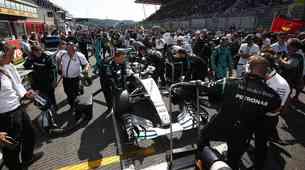 Formula 1: Hamilton s počitnic povsem svež in spočit