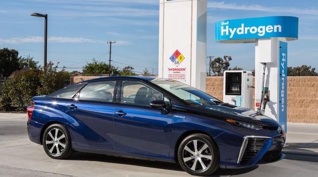 Toyota Mirai je inovacija desetletja (foto: Toyota)