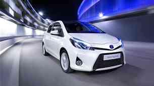 200-tisoča hibridna Toyota Yaris