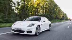 Porsche Cayenne/Panamera E-Hybrid: Zelene zverine