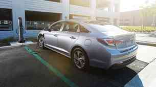 Priključno hibridni Hyundai Sonata