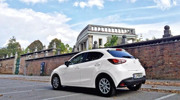 Podaljšan test: Mazda2 G90 Attraction (foto: Saša Kapetanovič)