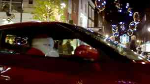 Božiček s hitrim vozilom