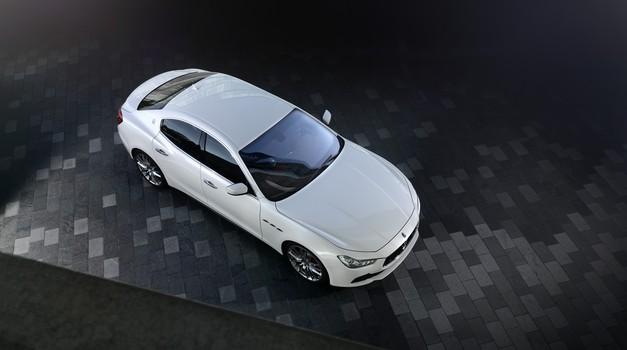 Maserati do leta 2020 s priključnim hibridnim pogonom (foto: Maserati)
