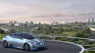 """Nissan v Ženevi z """"bencinsko črpalko prihodnosti"""""""