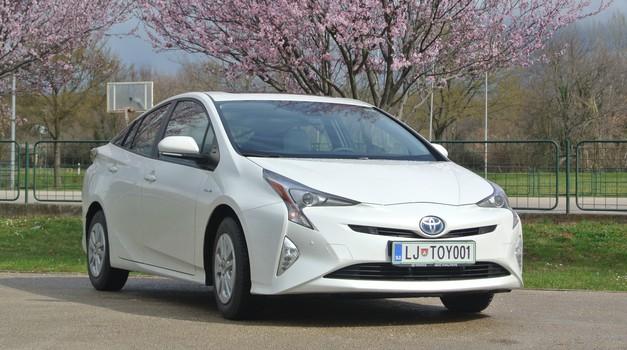 Novo v Sloveniji: Toyota Prius (foto: Tomaž Porekar)