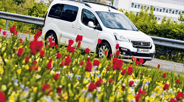Peugeot Partner Tepee Allure 1.6 BlueHDi 120 EUR6 (foto: Saša Kapetanovič)