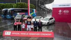 Kia z avtomobili podpira EURO 2016