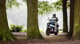 V osemdesetih dneh okrog sveta na električnem motociklu