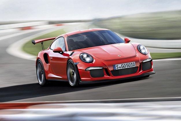 Novi Avto magazin - test: Mercedes-Benz E, Seat Leon Cupra, DS3, Kia Ceed Sportswagon, Peugeota 208 in 308 SW, BMW X3, Ford S-Max, Renault Clio Grandtour; vozili smo: Porsche 911 RS3 GT in Ford Edge.
