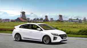 Hyundai Ioniq Electric in Hybrid: Prazen list papirja