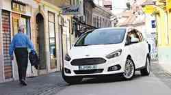 Ford S-Max 2.0 TDCi (132 kW) Powershift AWD Titanium