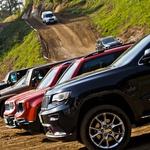 Po motokros progi se je bilo moč zapeljati v vsemi modeli Jeepov. (foto: Saša Kapetanovič)