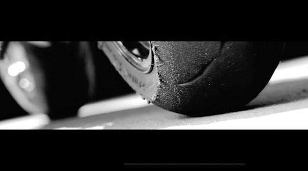 Nova Honda CBR 1000 RR 2017 že na Grobniku! (foto: Youtube)