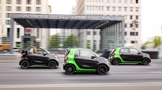 Električni Smart prihaja v treh različicah (foto: Daimler)