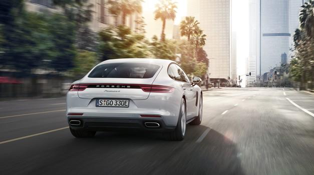 Porsche ustavil prodajo avtomobilov v Evropi (foto: Porsche)