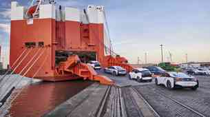 BMW i: tri leta in 100 tisoč avtomobilov