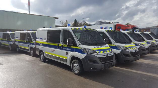 Citroen Jumper je nova 'Marica' slovenske policije. Kupili so jih 35! (foto: Citroën)