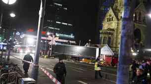 Samodejno zaviranje Scanie rešilo življenja v božičnem terorističnem napadu v Berlinu