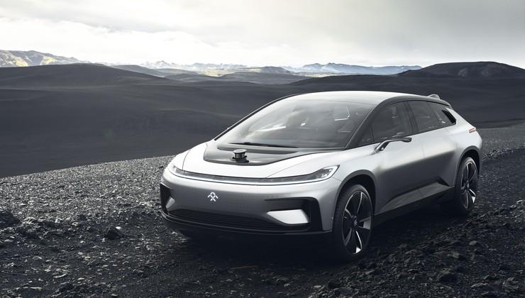 Tesla, pazi se: prvi serijski Faraday Future s kar 1050 konji