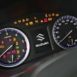 Test: Suzuki SX4 S-Cross 1.6 DDiS 4WD TCSS Elegance Top. Zmore marsikaj, vsega pač ne. (foto: Saša Kapetanovič)