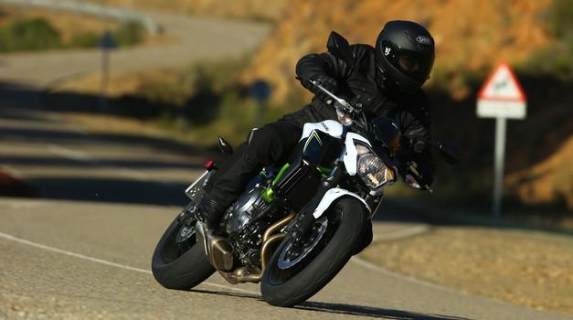 Prvi vtis: Kawasaki Z 650, cenovno zanimiv in zabaven naked
