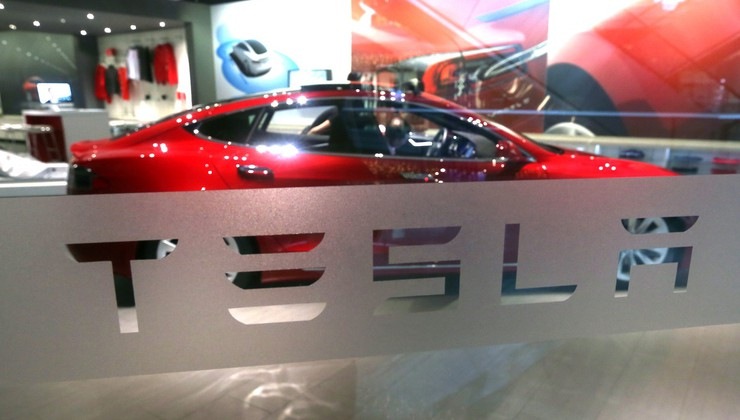 Kitajski lastniki avtomobilov Tesla so imeli srečanje - in takoj je padel rekord