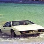 Ne, pod vodo pa ne bo šel: Lotus Evora Sport 410, s katerim so se spomnili bondovskega Esprita S1 (foto: Lotus)