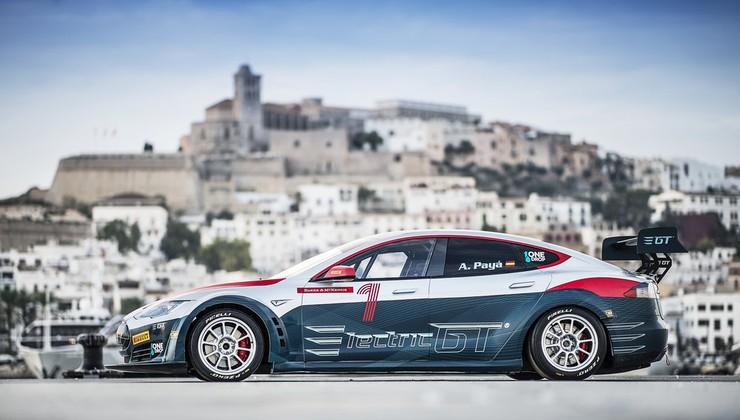 Prvenstvo Electric GT z dirkalno Teslo S P100D – znani datumi otvoritve in dirk. Dirka bo tudi na Nürburgringu.