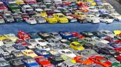 Kakšne barve avtomobil naj kupim – svetovni trendi avtomobilskih barv in kaj barve pomenijo