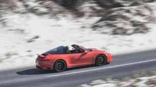 Večje je bolje: vozili smo Porsche 911 Carrera GTS