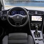 Brez dotika: vozili smo prenovljeni Volkswagen Golf (foto: VW)