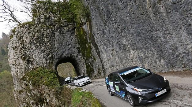 Danes se v Trstu začne ECOnova Rally Adriatic. Pot bo vodila tudi skozi Ljubljano. (foto: ECOnova Rally)