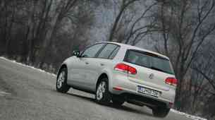 Rabljeni avtomobili: Volkswagen Golf VI (2008-2013), po možnosti srebrn, z dizelskim motorjem in petimi vrati