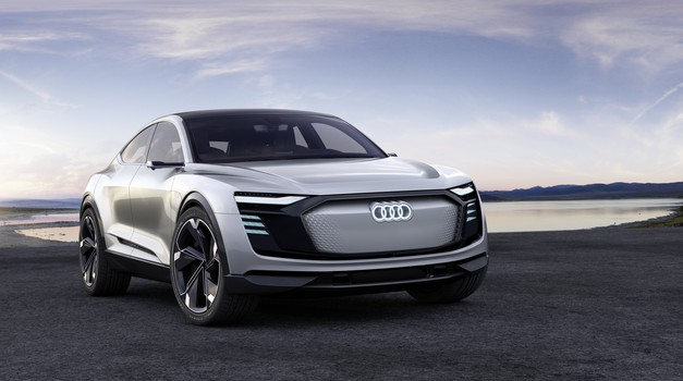 Audi je napovedal tekmeca Tesle X (foto: Audi)