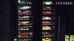 V Singapurju so predstavili futuristično parkiranje za 60 super avtomobilov (video)