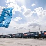 Volvo bo avtomobile s Kitajske v Evropo vozil z vlakom (foto: Volvo)
