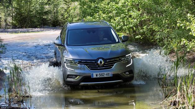Renaultov večji terenec Koleos je pripeljal v Slovenijo (foto: Renault)