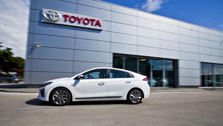 Test: Hyundai Ioniq hibrid Impression s povsem enako porabo kot Toyota Prius