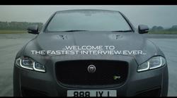 Najhitrejši intervju na svetu je potekal v Jaguarju XJR575 pri hitrosti 300km/h
