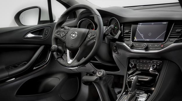 Oplov sistem za upravljanje vozila brez uporabe nog (foto: Opel)