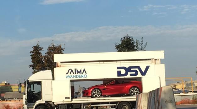 Ferrari Portofino opažen v Kopru (foto: Katja Smolar)