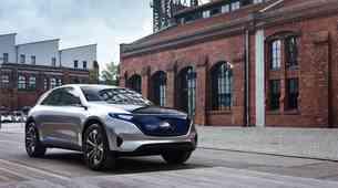 Mercedes Concept EQ je časovni stroj
