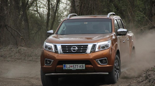 Kratki test: Nissan Navara Tekna (foto: Peter Kavčič)